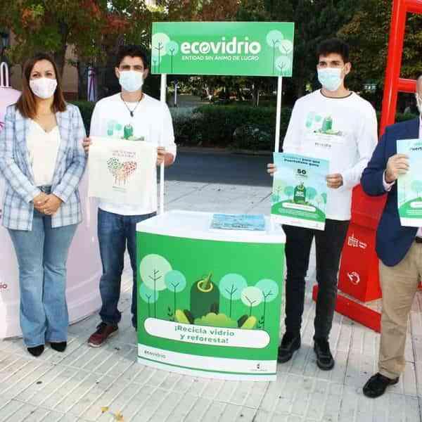 """Puertollano compite en la campaña """"Reciclo y Reforesto"""" junto a otros 14 municipios de la región"""